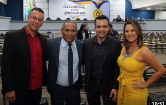 Em noite de homenagens, Chiquinho Telles reconhece trabalho de profissionais da imprensa