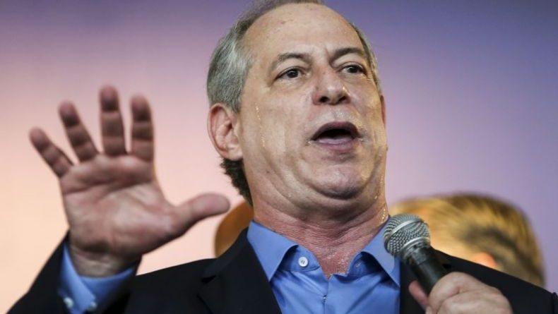Ciro Gomes reclama do Datafolha não simular confronto entre ele e Lula