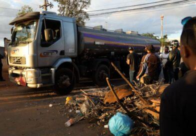 Greve de caminhoneiros nesta 2ª feira deve se limitar a atos isolados